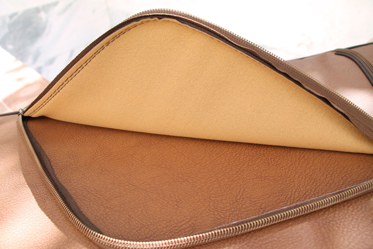 Santoor Bag/Case model: Trapezium Artificial Leather Sol